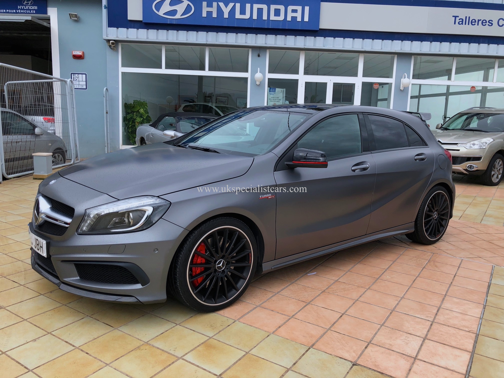 lhd mercedes benz a45 amg 440bhp lhd in spain. Black Bedroom Furniture Sets. Home Design Ideas