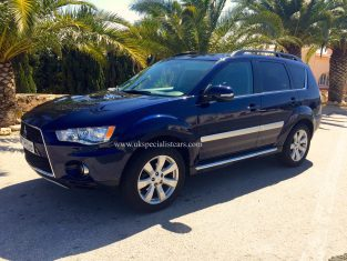 UK Specialist Cars have a Mitsubishi Outlander AUTOMATIC Diesel 4WD 7 Seater LHD in Spain