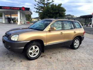 UK Specialist cars have a left hand drive automatic Hyundai Santa Fe 2.7 4X4 -LHD in Spain