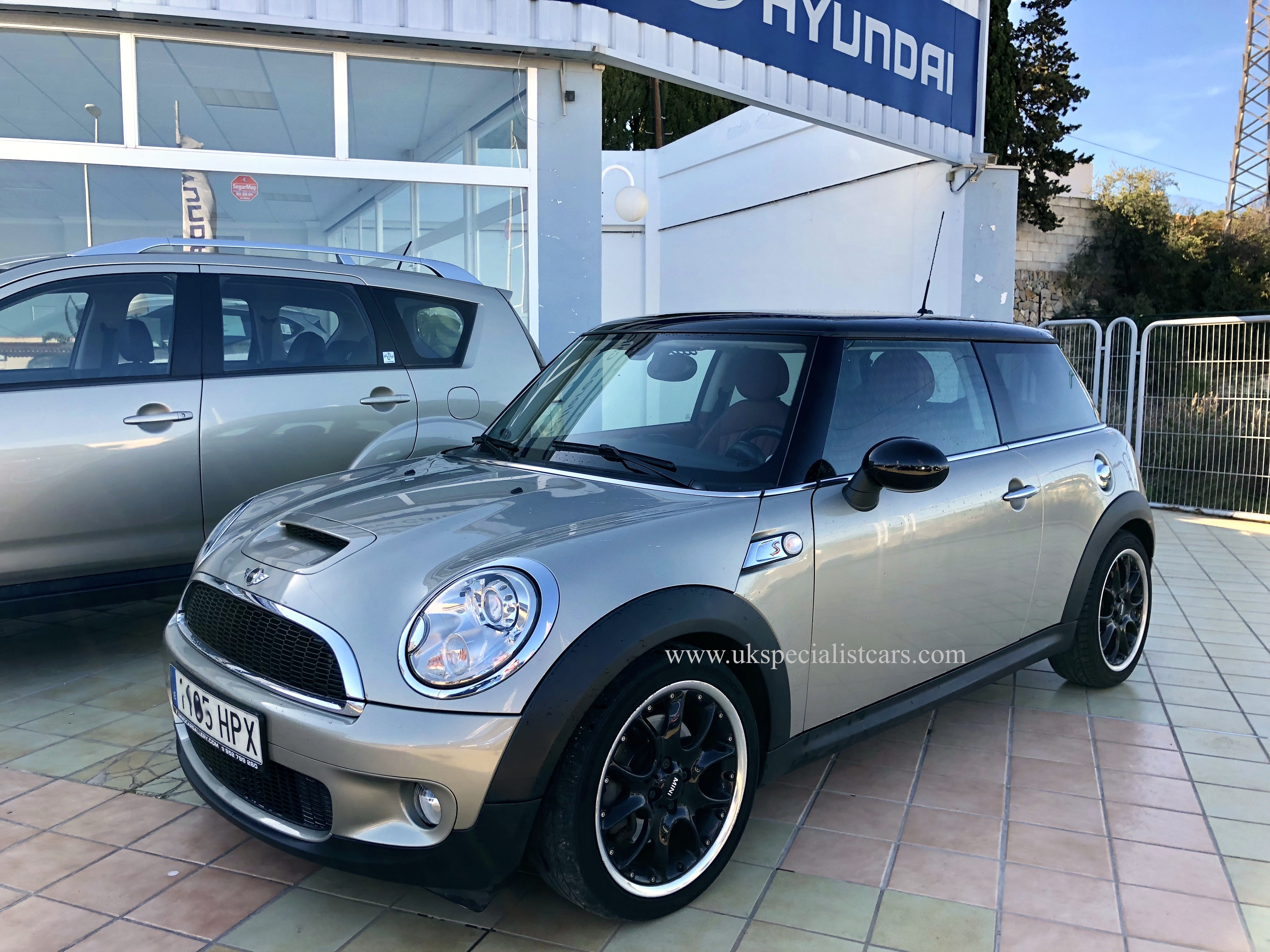 Lhd Mini Cooper S Automatic Lhd In Spain Low Kms