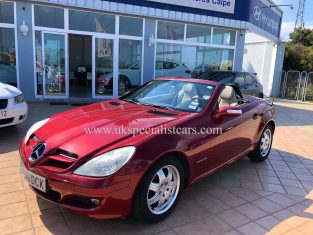 UK Specialist Cars have a MERCEDES-BENZ SLK 200 KOMPRESSOR - AUTOMATIC - LHD - LOW KMS